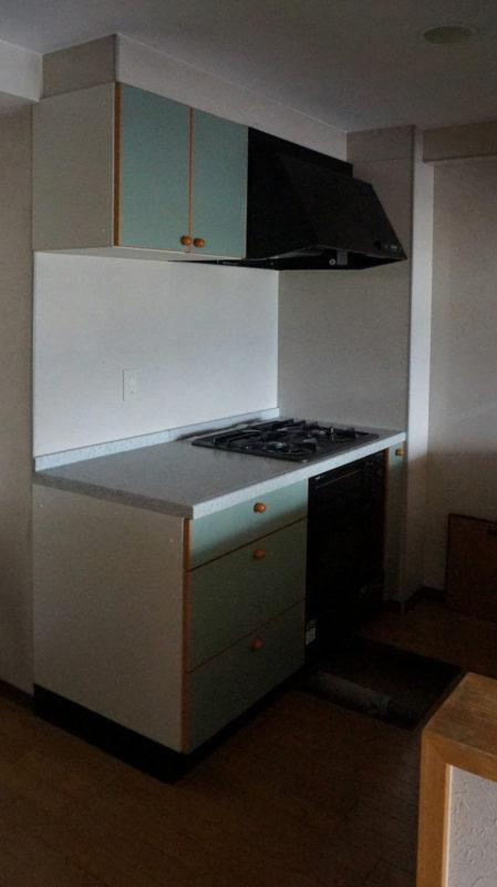 [before] 元々キッチンのあった場所はランドリースペースに